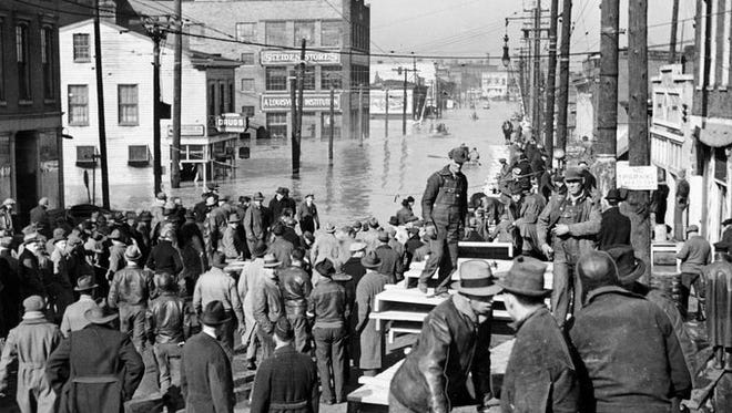 A pontoon bridge at Baxter Avenue and Lexington Road, built on whiskey barrels, was the only path between downtown Louisville and the Highlands