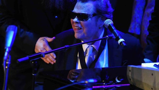 Ronnie Milsap performs as he is inducted into the Country Music Hall of Fame during the induction ceremony Oct. 26.  (Photo: Samuel M. Simpkins/The Tennessean)