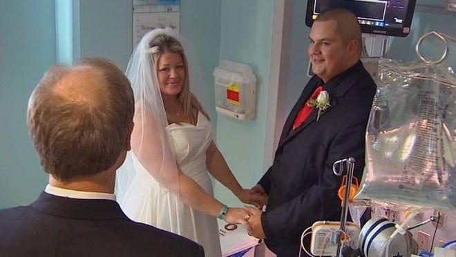 Couple weds in NICU
