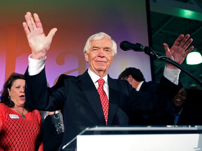 U.S. Sen. Thad Cochran, R-Miss., waves to supporters