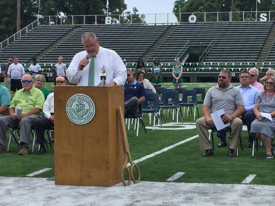 Bossier High principal David Thrash talks during Tuesday's