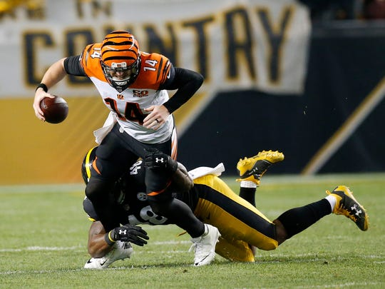 Cincinnati Bengals quarterback Andy Dalton (14) is
