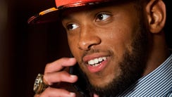 O.J. Howard talks with the Tampa Bay Buccaneers at