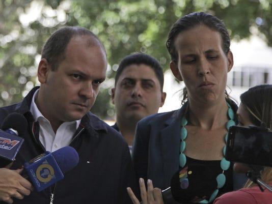 Manuela Bolivar,Angel Medina