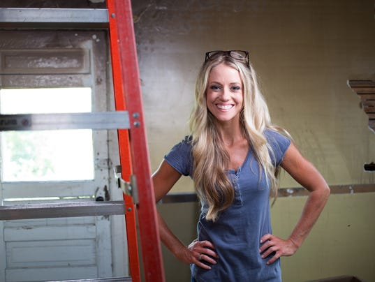 Nicole curtis of diy network s rehab addict photo diy network