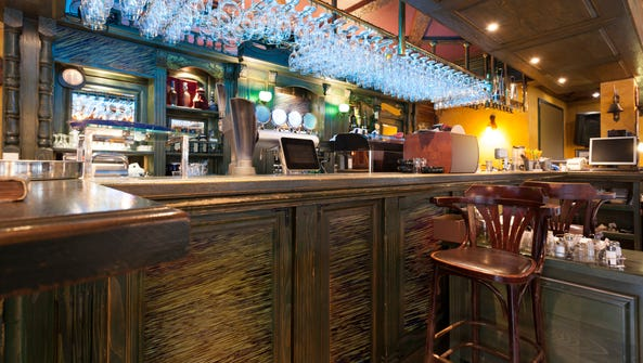 A man is suing a western Pennsylvania bar claiming
