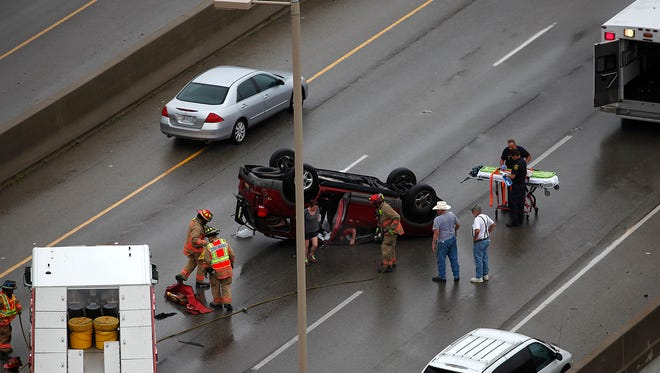 A crash on the ramp from I-71 N to Columbia Parkway/I-471 blocked the right lane of traffic after a wreck around 9am this morning.