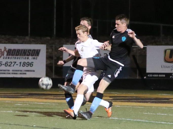 Canyon View boys soccer defeats Desert Hills 2-1 Tuesday,