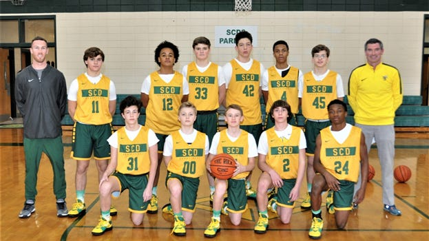 The Savnnah Country Day Gold eighth-grade boys basketball team.