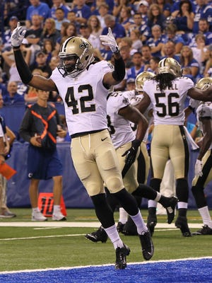 Pierre Warren (42) was one of 10 players signed to the Saints practice squad today.