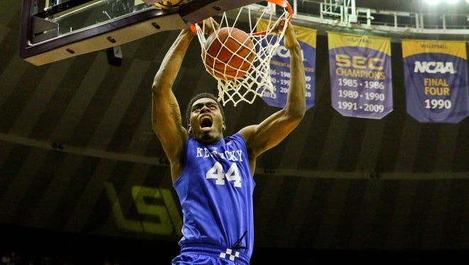 Dakari Johnson dunks against LSU.