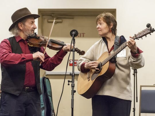 "Jay Unger and Molly Mason, of ""Ashokan Farewell"" fame, perform at a past Flurry."