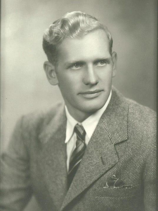 kenneth scott portrait