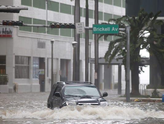 Hurricane Irma arrives in Florida