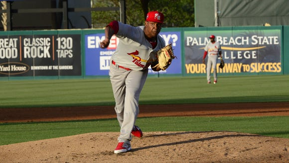 Alex Reyes continues to attract fans as he continues