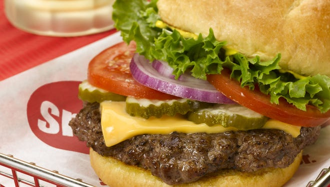 Smashburger offers a parade of flavors. Start with a bun selection like a classic, egg or spicy chipotle, and continue with a variety of sauces, cheeses and other add-ons.