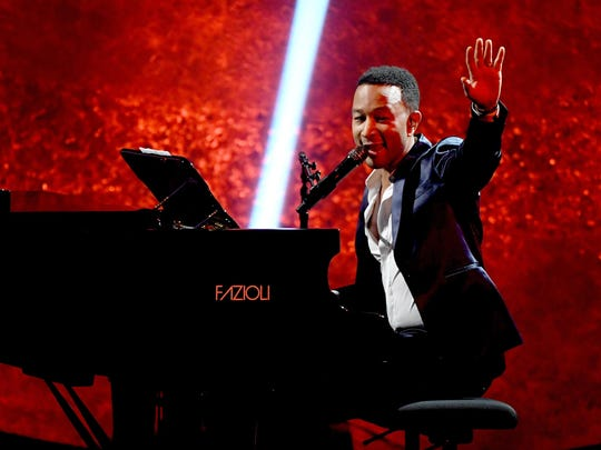 Award-winning singer John Legend plays the Fox Theatre