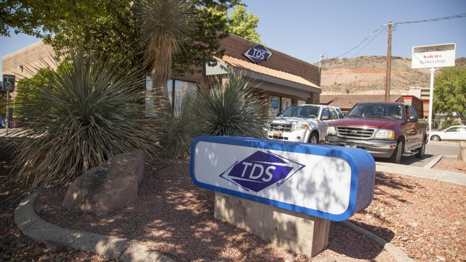 TDS is warning customers in Hurricane and elsewhere to be aware of a door-to-door sales scam.