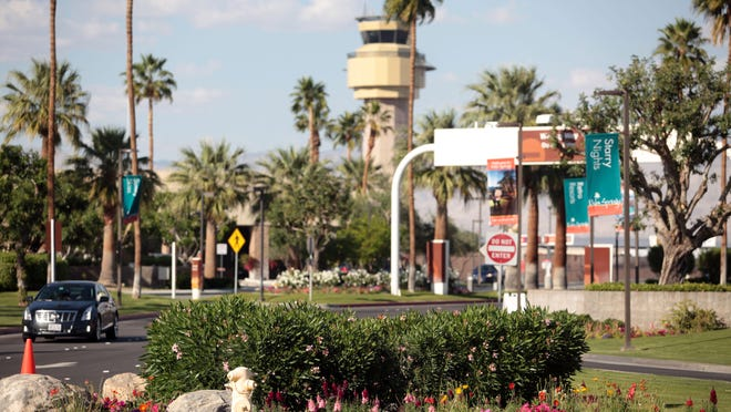 Palm Springs leaders are dramatically scaling back plans to convert landscaping to more drought-tolerant plants.