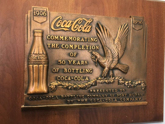 The lobby of the Port Huron branch of Great Lakes Coca-Cola