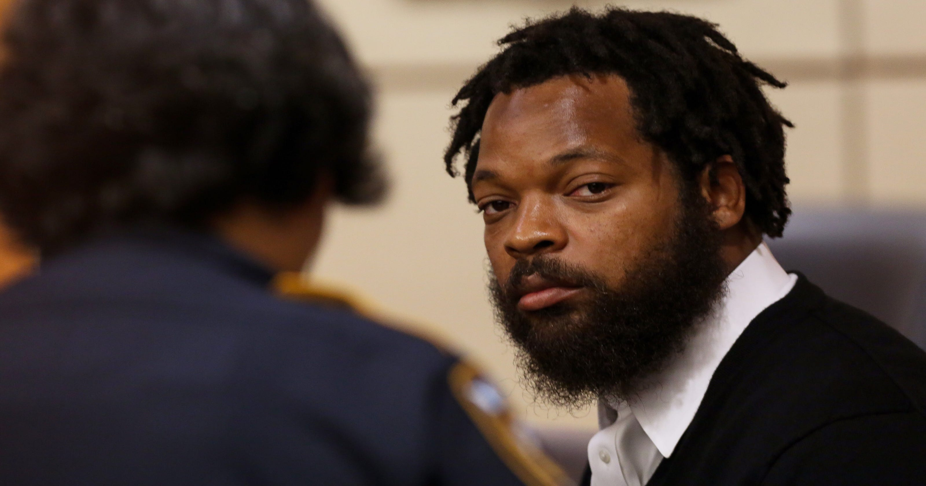 More details emerge in alleged Michael Bennett incident 2837ee0e3