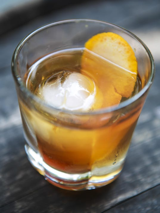 how to make old fashioned bourbon drink