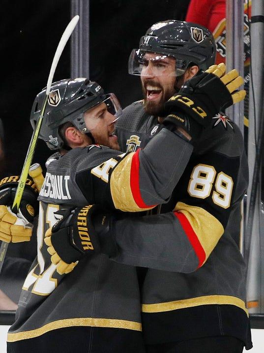 Playoffs_So_Many_Rookies_Hockey_99034.jpg