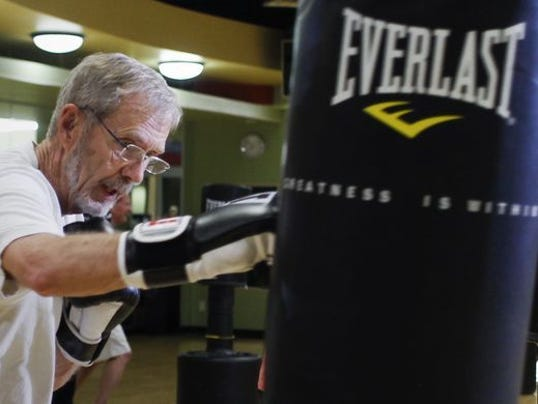 Former mayor uses boxing to fight his Parkinson's