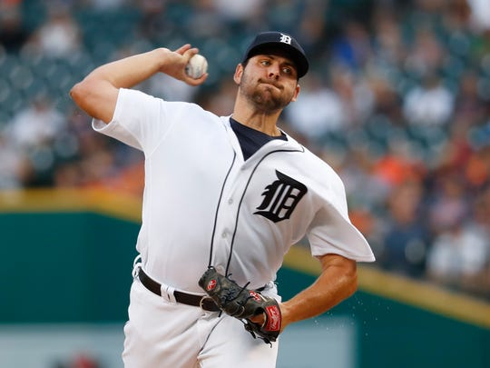 Detroit Tigers pitcher Michael Fulmer throws against