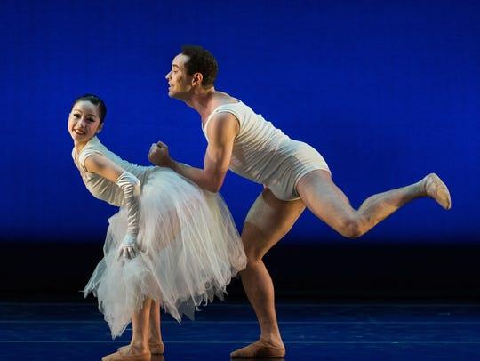 Cincinnati Ballet dancers Sirui Liu, left, and Romel