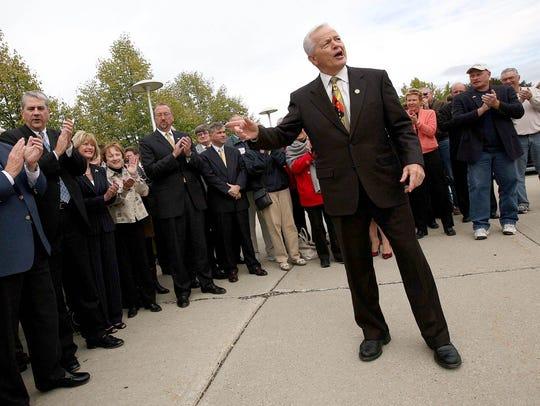US Rep. Joe Knollenberg speaks during a GOP rally of