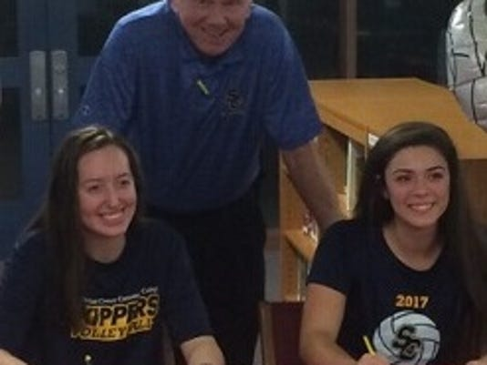 St. Clair seniors sign with SC4