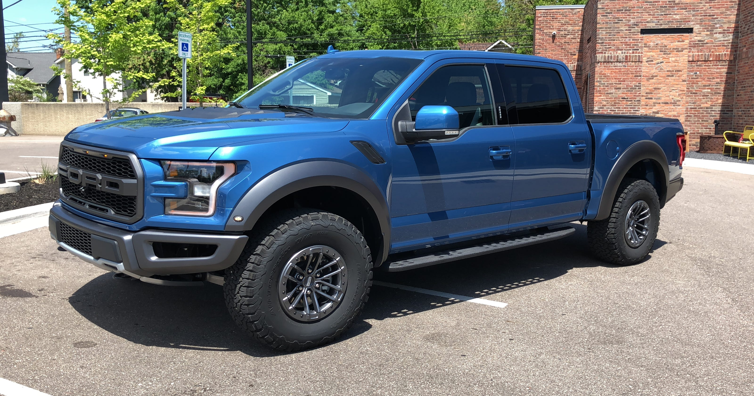 2019 ford raptor adds adaptive shocks recaro seats