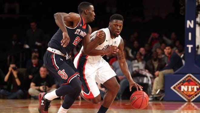 Gonzaga guard Gary Bell, Jr. scored 13 points and grabbed seven rebounds in the win.