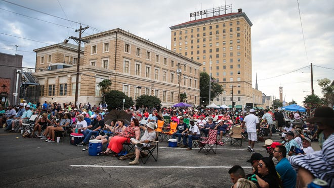 Festival goers fill Oakes Street during the Simply Texas Blues Festival Saturday, May 19, 2018, in downtown San Angelo.