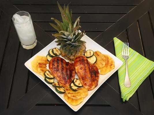 Foods that cool gallery | Grilled Hawaiian chicken closer H