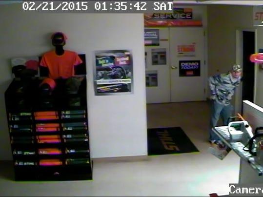 -powerpro robbery.jpg_20150222.jpg