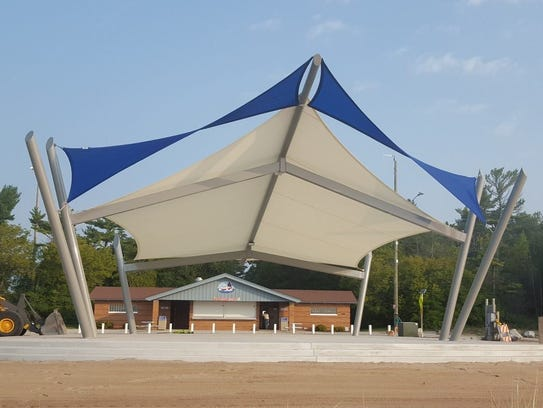 Pavilion structure completed, just in time for Kites