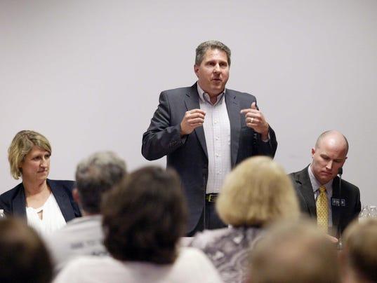 Democratic chair hopefuls debate