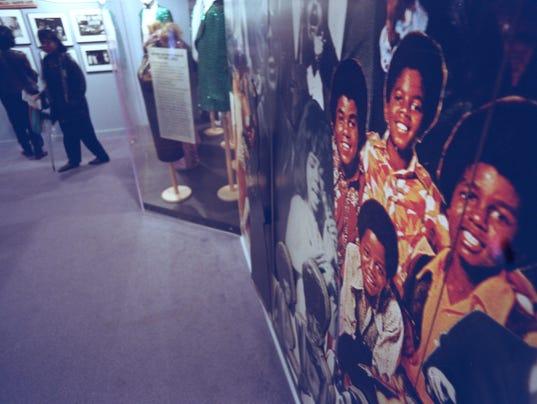 636122984512893869-Motown-021298-mural-PL.JPG