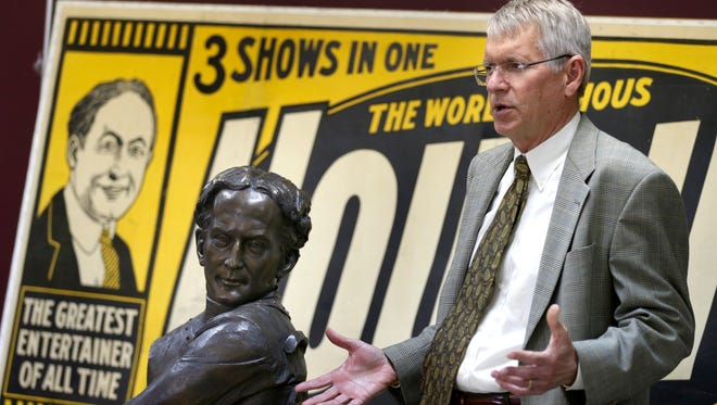 """Tom Boldt on the bust of Harry Houdini created for the History channel's """"Monument Guys"""" series: """"This thing is probably valued at between $15,000 and $25,000, which is all a donation to the city of Appleton, which I thought was a wonderful concept."""""""