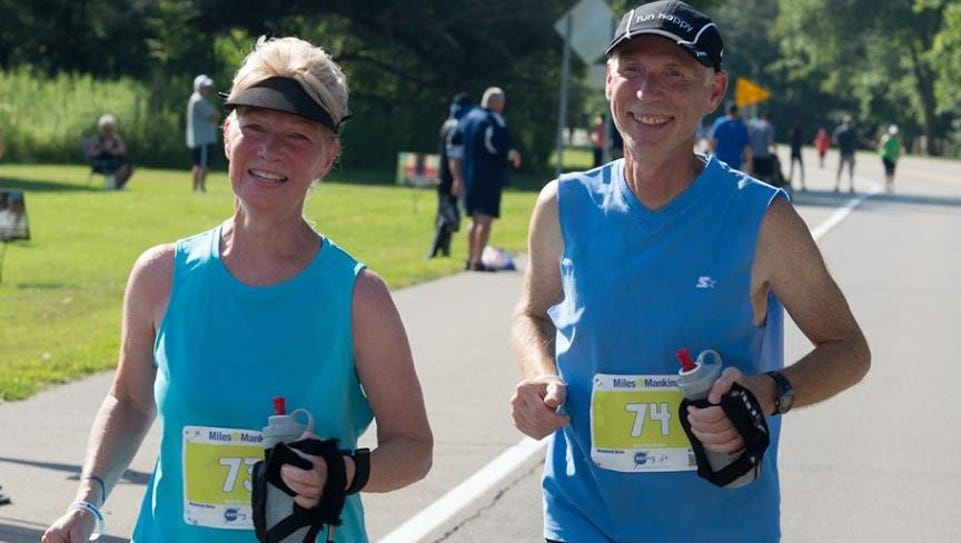 David and Susan Ostafinski of Livonia run a marathon