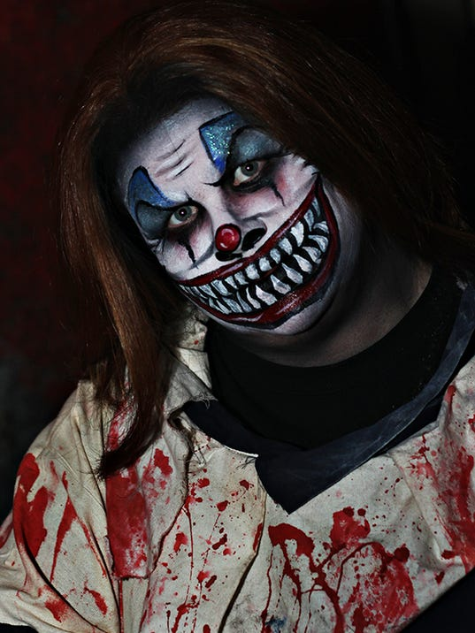 F-HauntedHouse-Clown