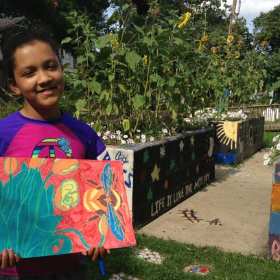 The Renzi Education and Art Center provides art and academic classes to youths in grades K-12 in the Shreveport-Bossier City area.