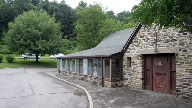 The former La Cantina restaurant on the Saw Mill River Parkway.