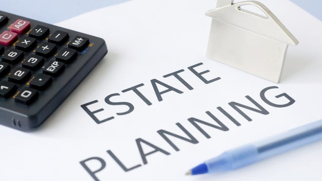 There is no shortage of non-attorneys willing to give legal advice about estate planning.