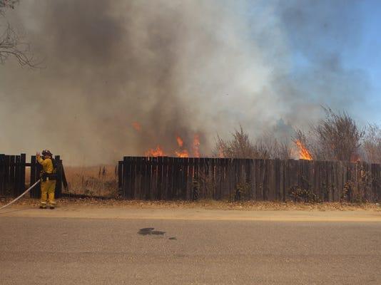 Lumber+yard+fire1.JPG