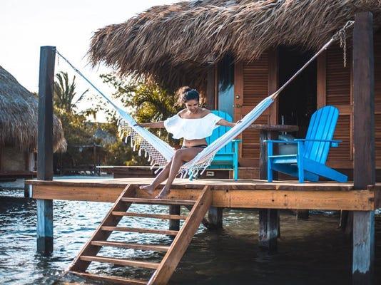 Dushi Sue Villa Overwater Bungalow