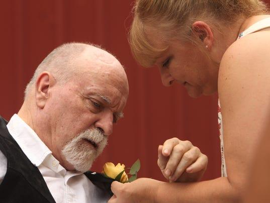 636340095858776122-Wedding-1.jpg