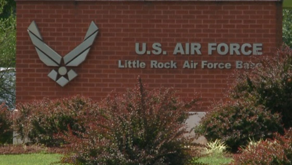 little rock air force base sex chat Low cost group life insurance provided by va to air force, marines, or coast you pay a monthly premium that is automatically deducted from your base pay.